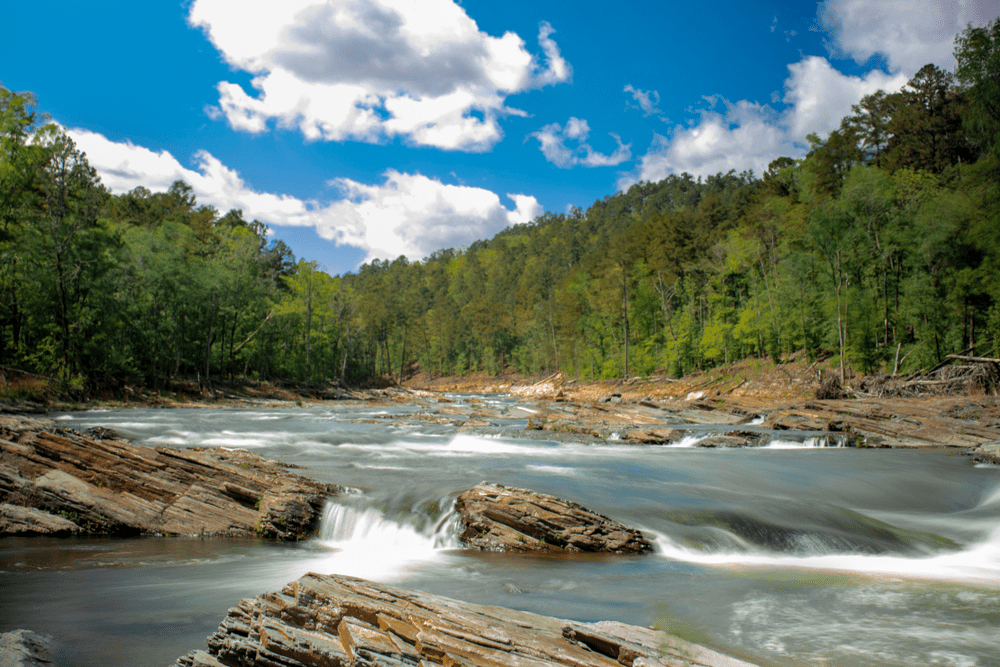 Picture of river near Broken Bow, Oklahoma, cabins.